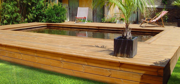 Piscine semi enterr e en bois 100 sur mesure natura for Piscine bois nice