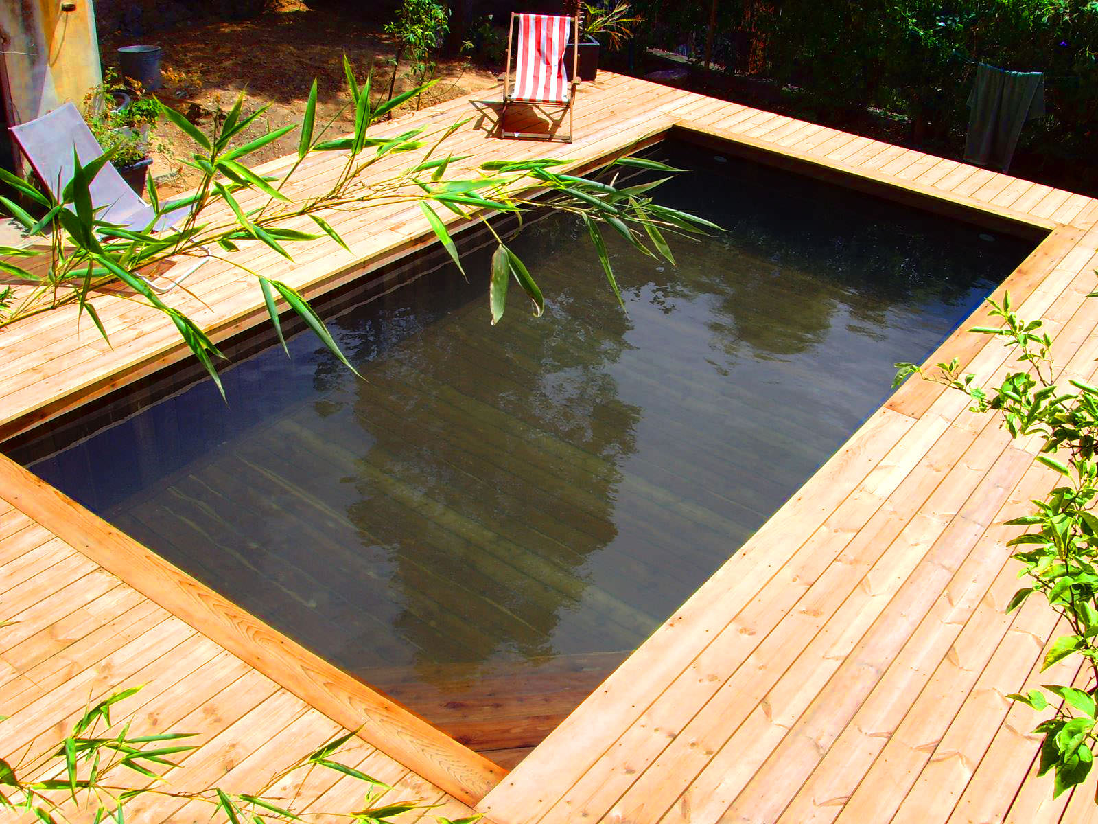 Piscine semi enterr e en bois 100 sur mesure natura piscines - Piscine hors sol profondeur 2m ...