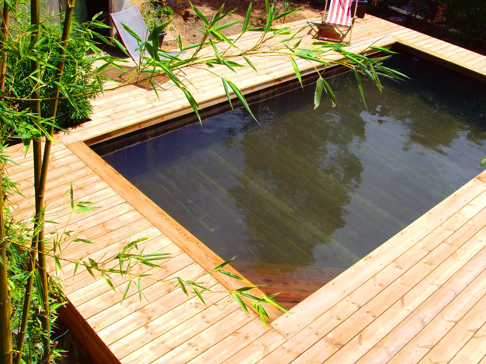 piscine semi enterr e en bois 100 sur mesure natura. Black Bedroom Furniture Sets. Home Design Ideas